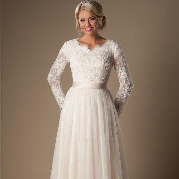 ec0406eeca6 Custom made Modest Wedding Dress Fairchild